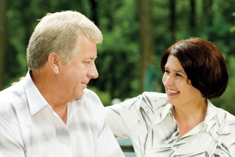 4 Ways to Care For Your Dentures