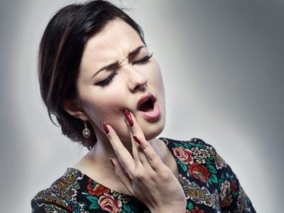 Tooth hurts when chewing